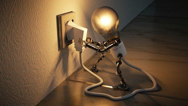 žárovka s nohami